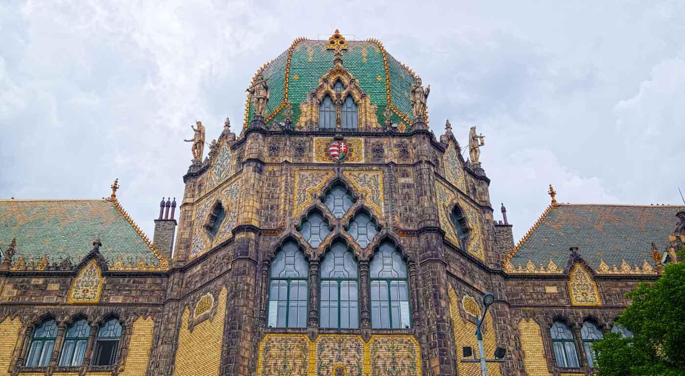 Exploring Art Nouveau In Budapest